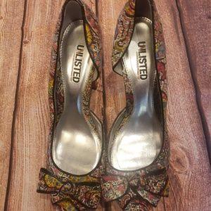 Unlisted heels